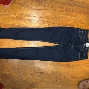 Hudson dark wash skinny jeans!!